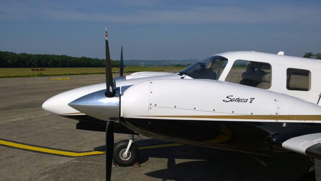 Piper Seneca 5 Romenie